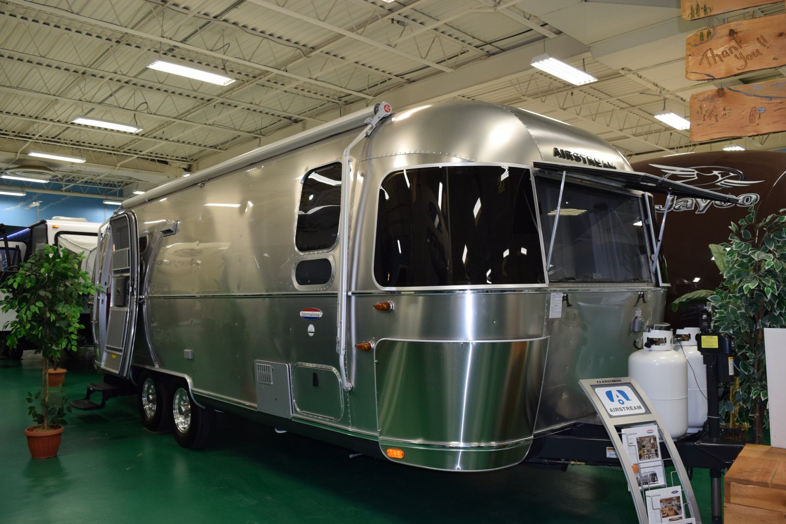 Click image for larger version  Name:Airstream.jpg Views:78 Size:281.4 KB ID:244716