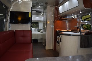 Click image for larger version  Name:Airstream galley.jpg Views:87 Size:190.6 KB ID:244717