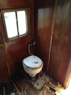 Click image for larger version  Name:bathroomremoved2.jpg Views:78 Size:191.7 KB ID:245121