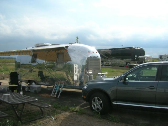 Click image for larger version  Name:DSCN05320205airstream.jpg Views:141 Size:37.3 KB ID:24632