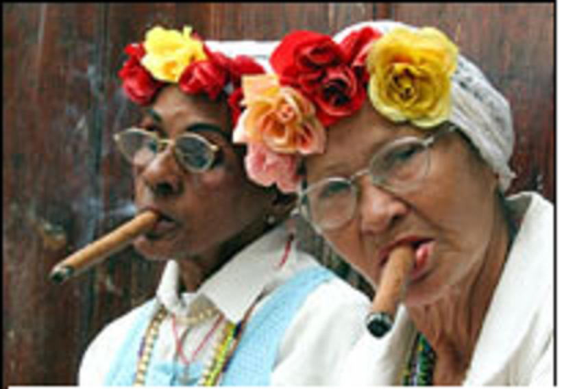 Click image for larger version  Name:cigar smoking.JPG Views:89 Size:49.0 KB ID:24776