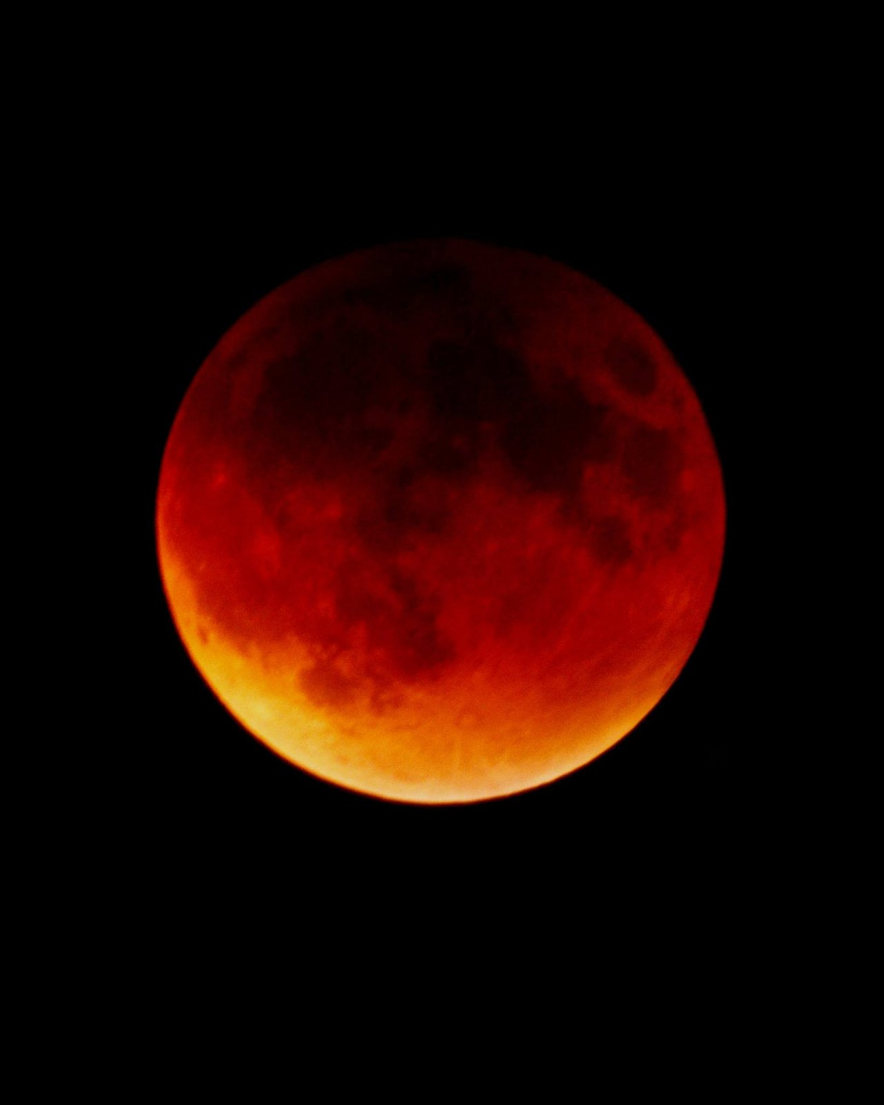 Click image for larger version  Name:Blood Moon-A.jpg Views:115 Size:69.1 KB ID:249220