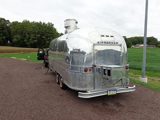 Click image for larger version  Name:Marietta-food-trailer-Airstream-(5).jpg Views:129 Size:62.9 KB ID:249464