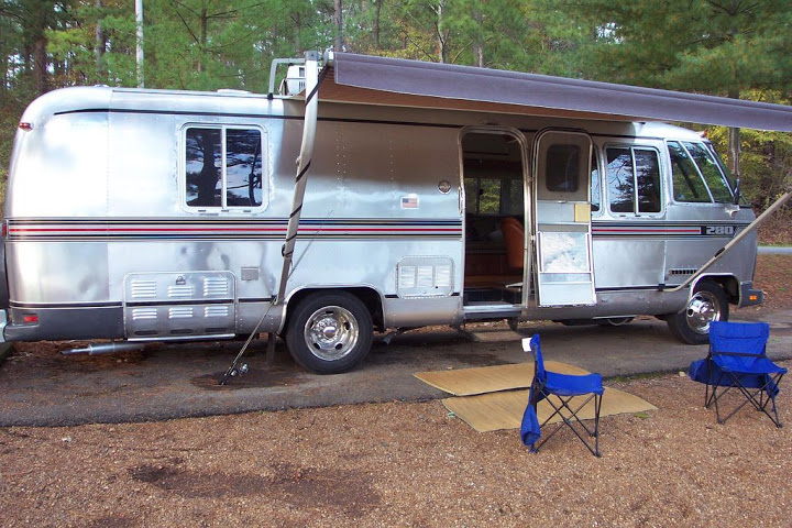 Click image for larger version  Name:moho camping.jpg Views:58 Size:143.2 KB ID:249564