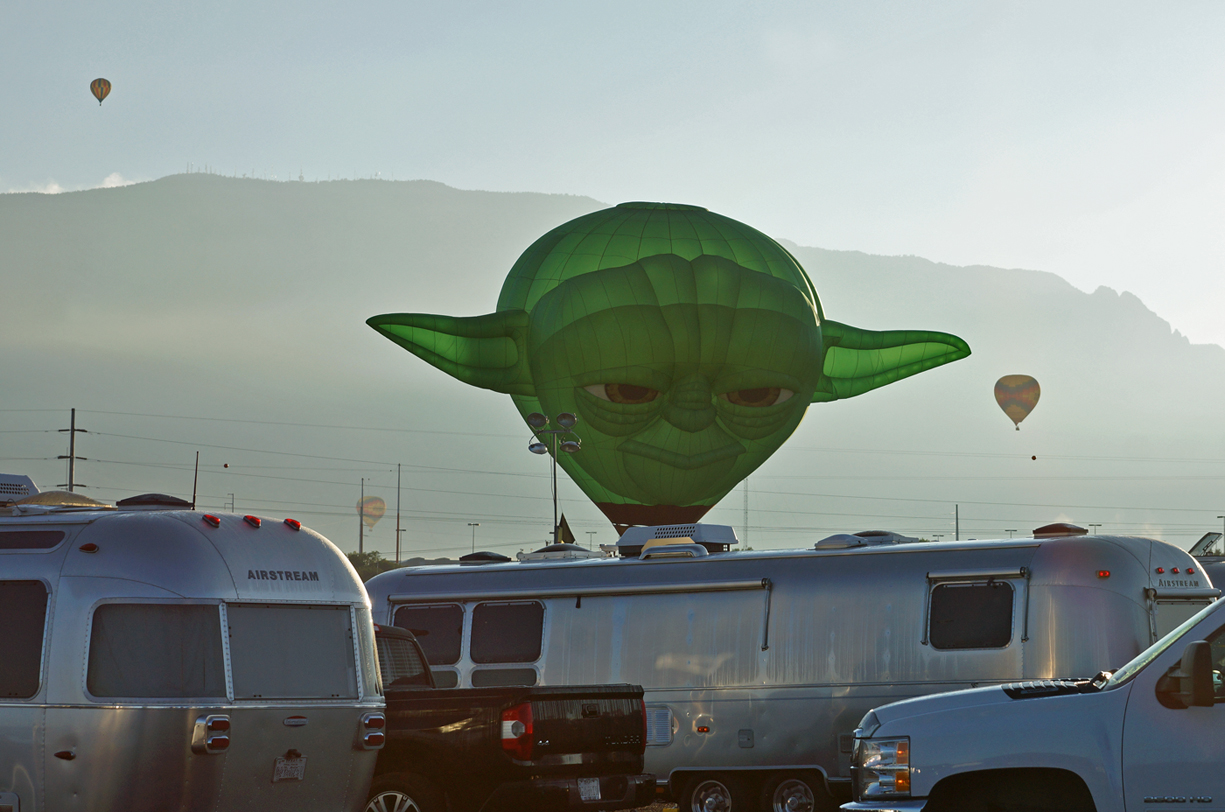 Click image for larger version  Name:Even Yoda thinks Airstreams are cool.jpg Views:156 Size:622.2 KB ID:249982