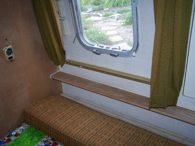 Click image for larger version  Name:street side window.jpg Views:109 Size:143.0 KB ID:25064