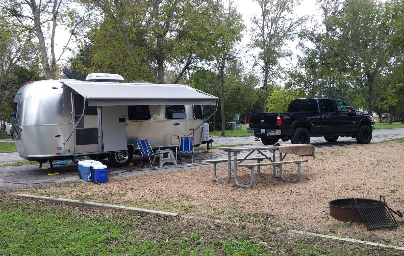 Click image for larger version  Name:LCRA Airstream Beauty 3.jpg Views:138 Size:593.9 KB ID:252934