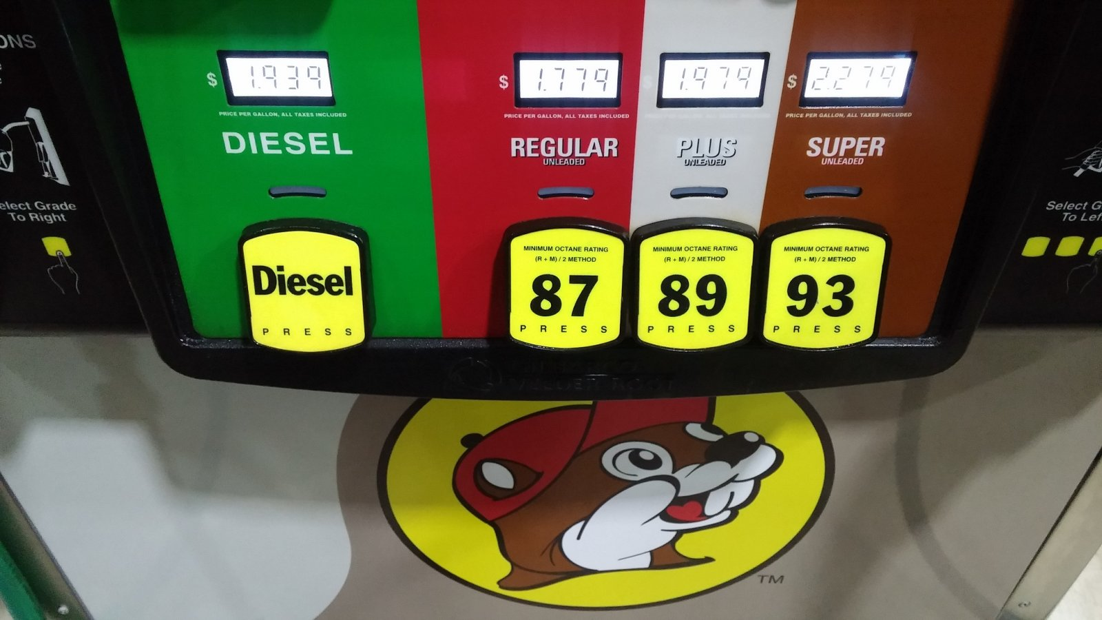 Click image for larger version  Name:BUC-EE's Fuel.jpg Views:101 Size:170.2 KB ID:252957
