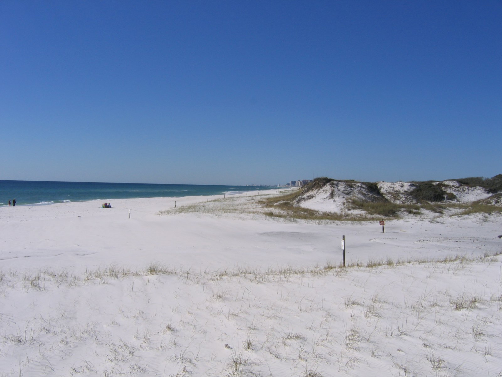 Click image for larger version  Name:Beach 2.jpg Views:61 Size:205.8 KB ID:254060