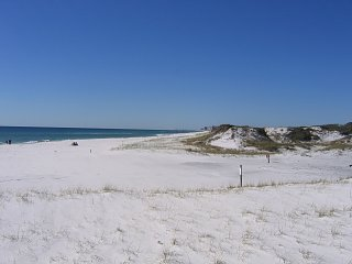Click image for larger version  Name:Beach 2.jpg Views:76 Size:205.8 KB ID:254060