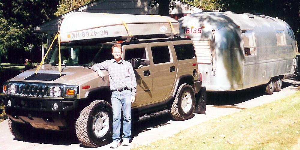 Click image for larger version  Name:Joe, Hummer, Boat & Overlander.jpg Views:78 Size:105.9 KB ID:25422