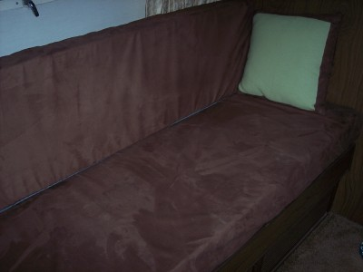 Click image for larger version  Name:covered couch2.jpg Views:91 Size:79.6 KB ID:25446