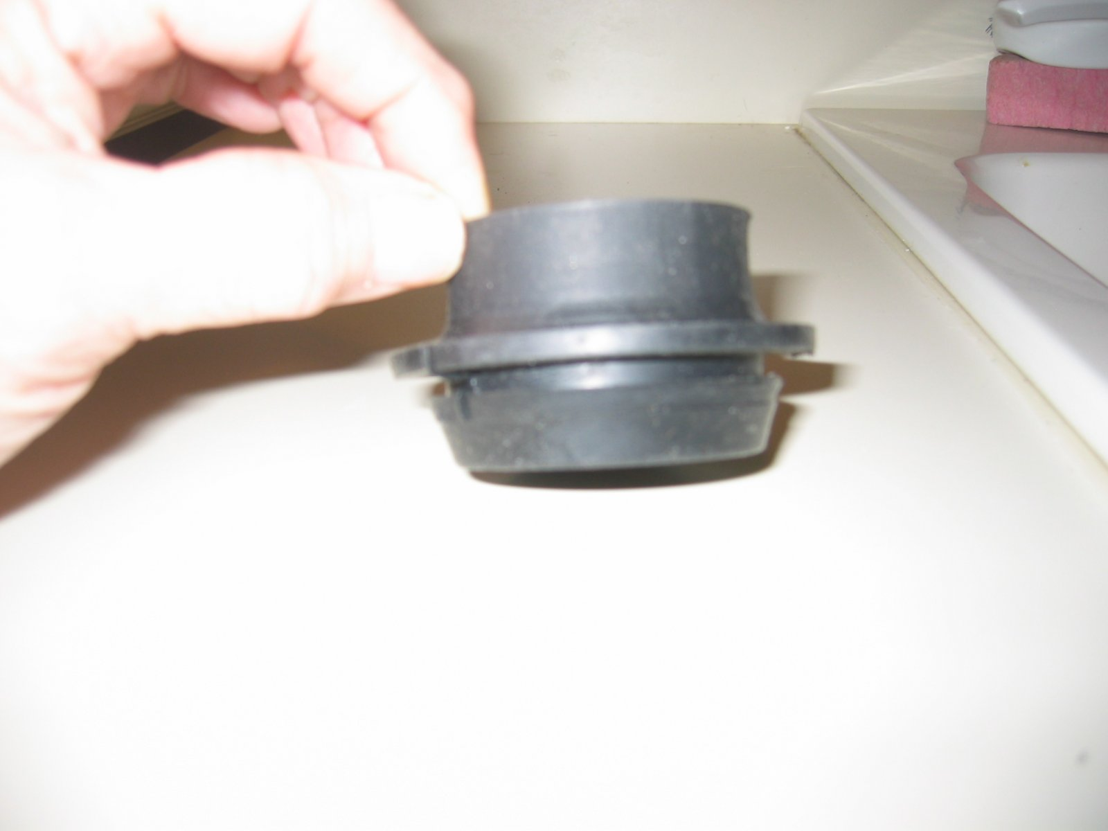Click image for larger version  Name:1312 Plumbing New Holding Tanks Grommet Side View.jpg Views:29 Size:88.5 KB ID:256454
