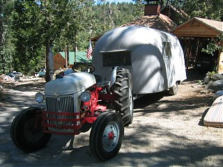 Click image for larger version  Name:1958 Airstream Traveler 001.jpg Views:113 Size:213.8 KB ID:25796