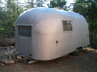 Click image for larger version  Name:1958 Airstream Traveler 018.jpg Views:104 Size:164.4 KB ID:25798