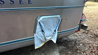 Click image for larger version  Name:Airstream Window Pic 2.jpg Views:115 Size:275.4 KB ID:258064