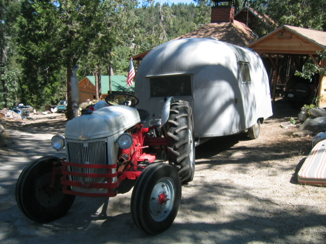 Click image for larger version  Name:1958 Airstream Traveler 001.jpg Views:109 Size:213.8 KB ID:25867