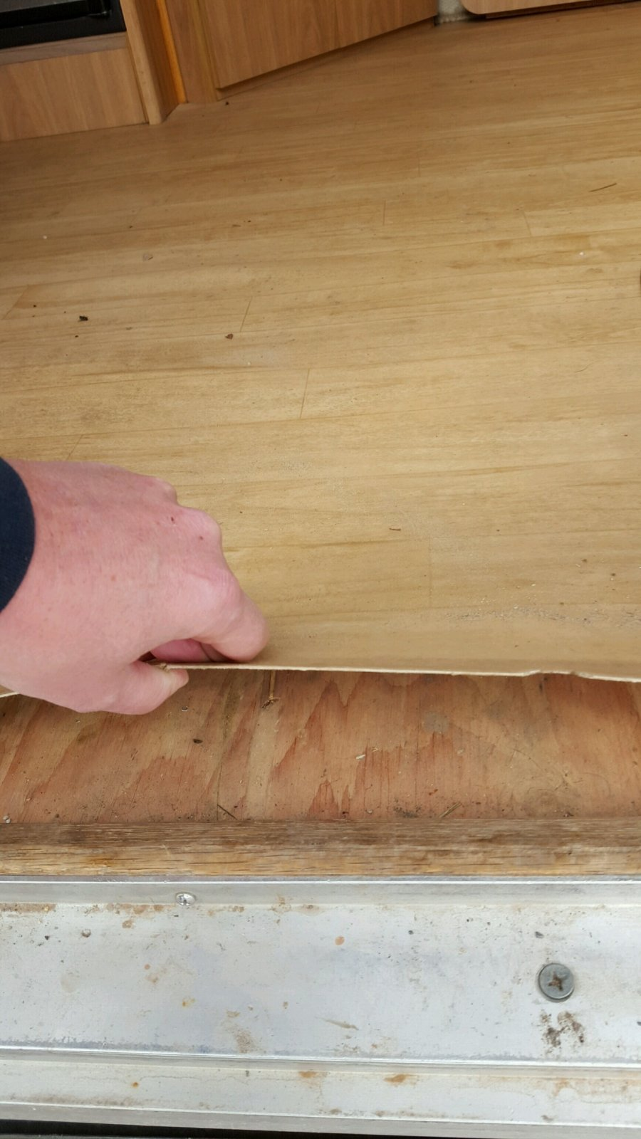 Click image for larger version  Name:under plywood.jpg Views:59 Size:178.4 KB ID:258853