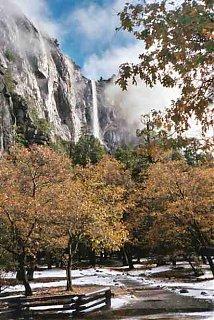 Click image for larger version  Name:Yosemite fall.JPG Views:70 Size:31.0 KB ID:25985
