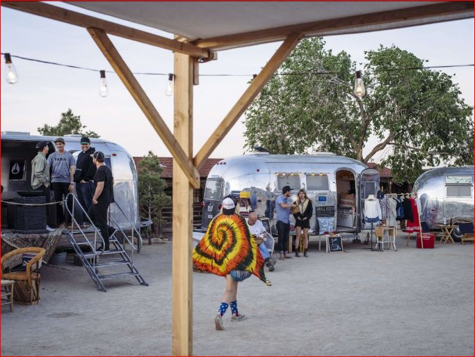 Click image for larger version  Name:zzzPioneer Town_Airstreams.JPG Views:59 Size:86.6 KB ID:262732