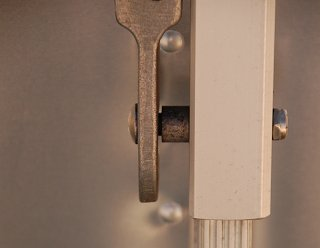 Click image for larger version  Name:DSC_0050 claw on step spacer pin.jpg Views:86 Size:268.0 KB ID:263387
