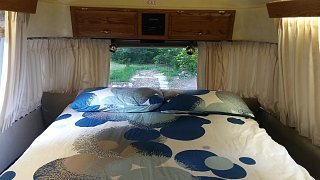 Click image for larger version  Name:airstream_bed.jpg Views:69 Size:210.1 KB ID:264120