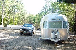 Click image for larger version  Name:Airstream 9-26-2006 003-1.jpg Views:117 Size:83.0 KB ID:26447