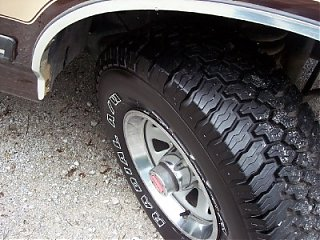 Click image for larger version  Name:tire.jpg Views:103 Size:187.6 KB ID:26712