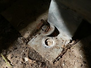 Click image for larger version  Name:floor bolts.JPG Views:118 Size:57.4 KB ID:26754