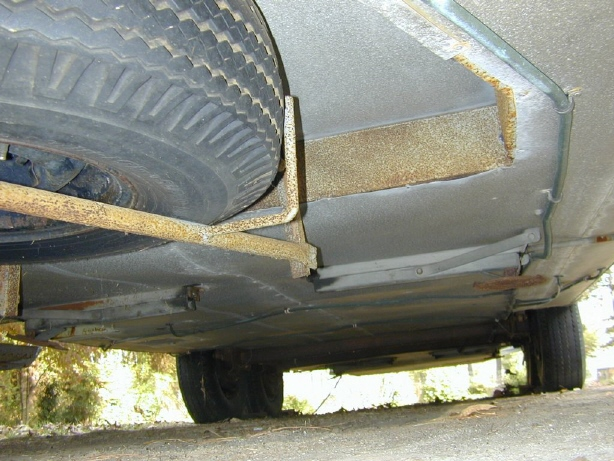 Click image for larger version  Name:Spart tire mount_2.jpg Views:105 Size:146.9 KB ID:26835