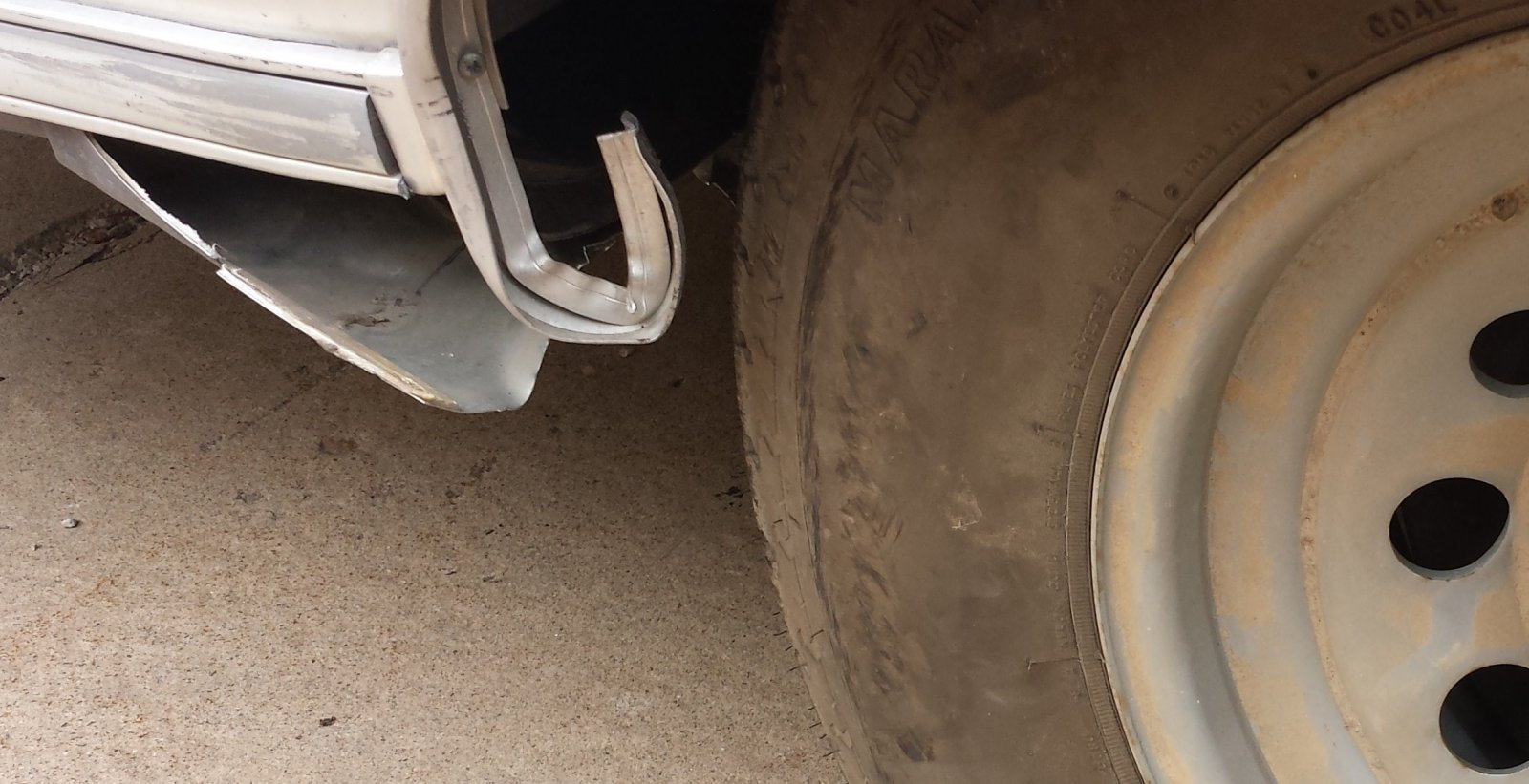 Click image for larger version  Name:Bambi Tire.jpg Views:32 Size:191.2 KB ID:268802