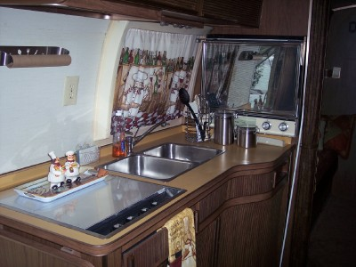Click image for larger version  Name:kitchen1.jpg Views:213 Size:151.5 KB ID:26896