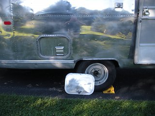 Click image for larger version  Name:airstream ac 010.jpg Views:97 Size:248.6 KB ID:269592