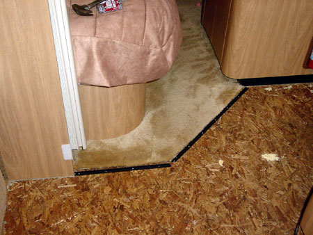 Click image for larger version  Name:join-to-carpet.jpg Views:942 Size:44.1 KB ID:2698