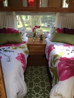 Name:  Bedroom.JPG Views: 2586 Size:  44.0 KB
