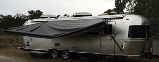 Click image for larger version  Name:Intl 30 Awning.jpg Views:166 Size:154.0 KB ID:275093