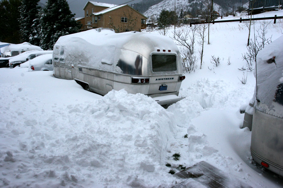 Click image for larger version  Name:IMG_6336 digging out-s.jpg Views:83 Size:156.5 KB ID:27513