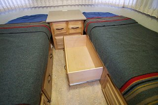Click image for larger version  Name:Airstream Renovation- Twin Beds (2).jpg Views:481 Size:174.8 KB ID:277228