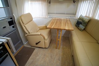 Click image for larger version  Name:Airstream Renovation- Living Area (2).jpg Views:580 Size:144.4 KB ID:277249