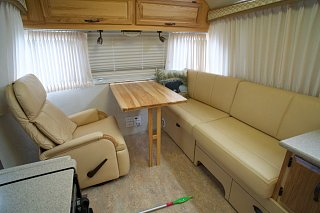 Click image for larger version  Name:Airstream Renovation- Living Area (3).jpg Views:575 Size:149.2 KB ID:277250