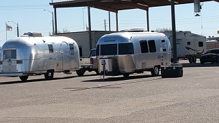 Click image for larger version  Name:Two Airstreams Side by Side.jpg Views:222 Size:241.1 KB ID:277554