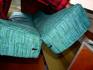 Click image for larger version  Name:3. fabric hinged cushion.JPG Views:72 Size:927.8 KB ID:278664