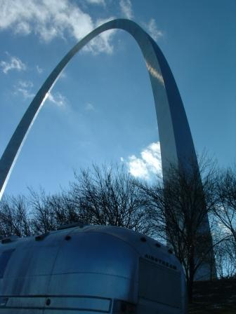 Click image for larger version  Name:compressed airstream arch.JPG Views:70 Size:21.0 KB ID:27898