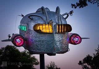 Click image for larger version  Name:Curtis-Wright-trailer-sculpture.jpg Views:49 Size:196.4 KB ID:279069