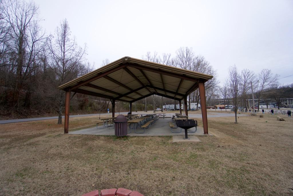 Click image for larger version  Name:Riverside RV Park Pavillion.jpg Views:129 Size:214.4 KB ID:279208
