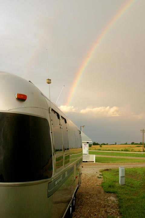 Click image for larger version  Name:airrainbowJ.jpg Views:96 Size:31.3 KB ID:28093