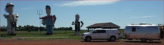 Click image for larger version  Name:zzzBambi_Enchanted Highway_Regent ND.JPG Views:296 Size:78.6 KB ID:281459