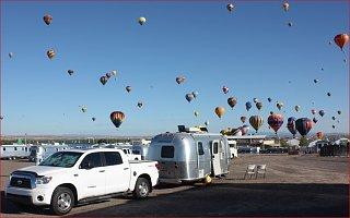 Click image for larger version  Name:zzzBambi_Albuquerque Balloon Fiesta2_NM.JPG Views:310 Size:84.9 KB ID:281461
