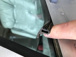 Click image for larger version  Name:RussBus Driver's side window weatherstripping2.jpg Views:76 Size:49.5 KB ID:281948