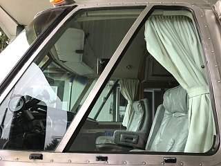 Click image for larger version  Name:RussBus Driver's side window weatherstripping3.jpg Views:70 Size:94.2 KB ID:281949